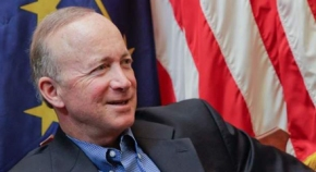 BREAKING: MITCH DANIELS ANNOUNCES HE'S RUNNING FOR yeah, I just can't do it…